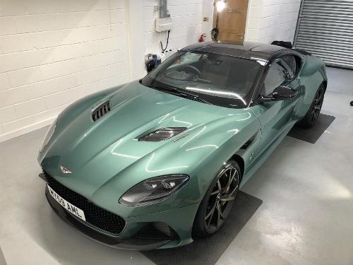Thumbnail Aston Martin DBS