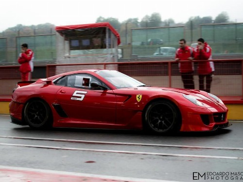Thumbnail Ferrari 599