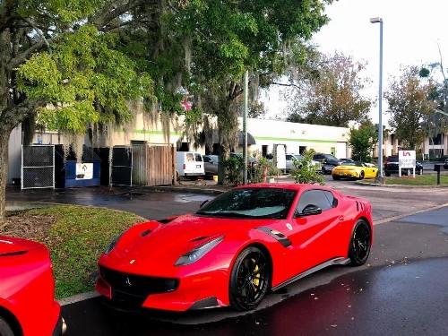 Thumbnail Ferrari F12tdf