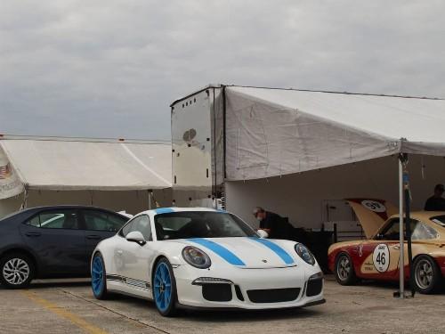 Thumbnail Porsche 911 R