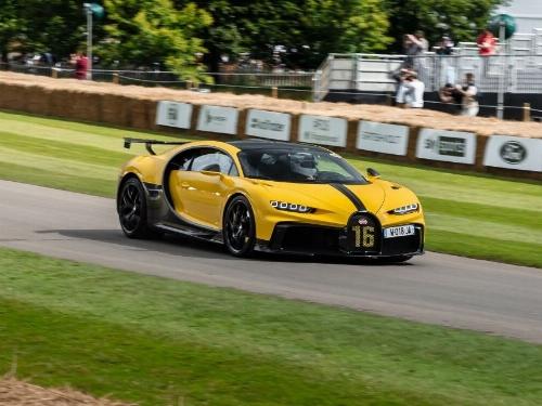 Thumbnail Bugatti Chiron Pur Sport