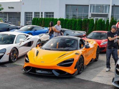 Thumbnail McLaren 765LT