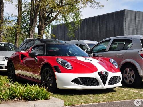 Thumbnail Alfa Romeo 4C