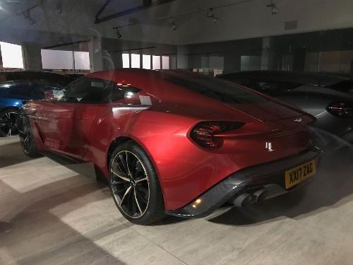 Thumbnail Aston Martin Vanquish Zagato