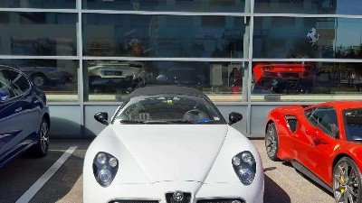 Alfa Romeo 8C